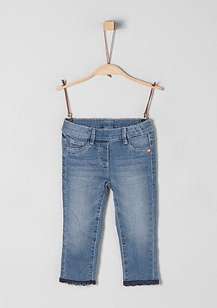 Treggings: 7/8-Jeans mit Spitze