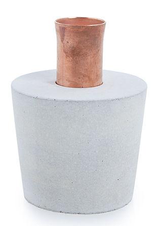 Kerzenhalter im Materialmix, hell
