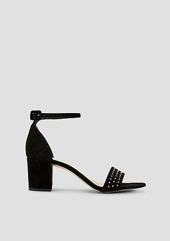 Sandaletten mit Nietenbesatz