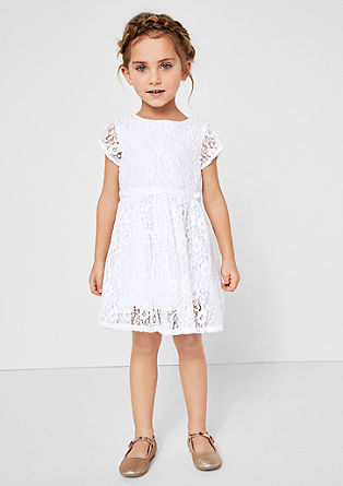 Elegantna obleka iz cvetlične čipke