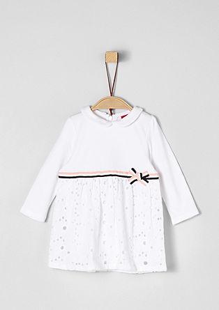 Kleid mit Bubikragen und Lochspitze