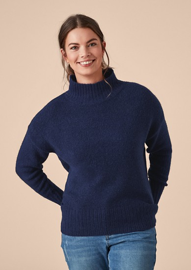 Flauschiger Turtleneck-Pullover