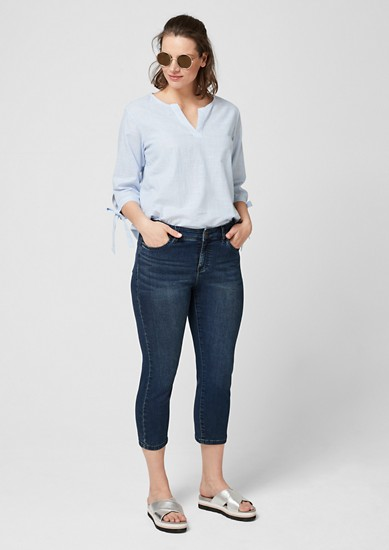 Curvy Slim Leg: Jeans