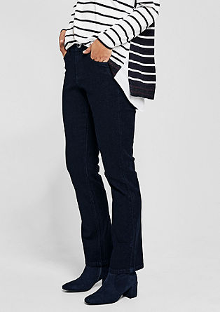 Curvy Straight: classic stretch jeans from s.Oliver