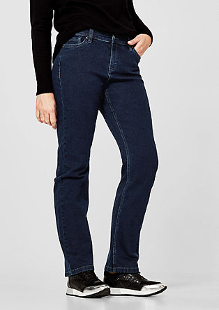 Curvy Slim: stretch jeans from s.Oliver