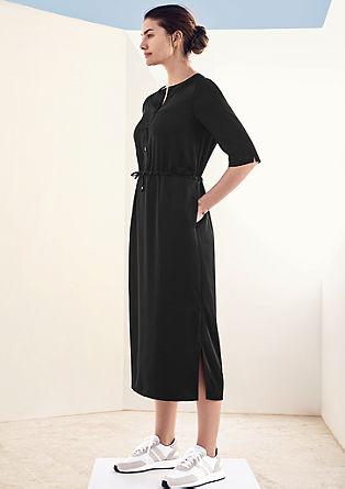Halenkové šaty z krepového saténu