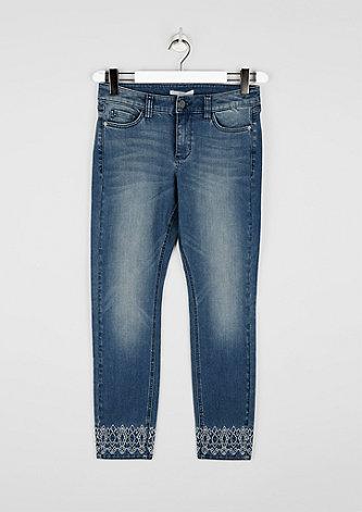 Regular Slim: Jeans mit Ethno-Note