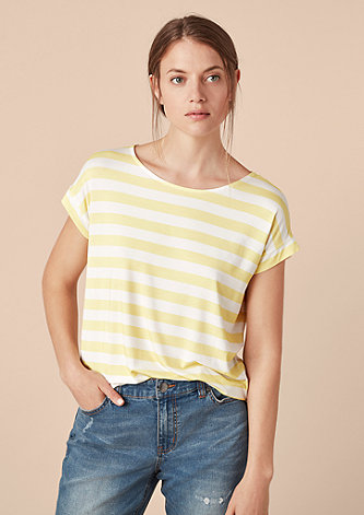 V-Shape-Shirt mit Streifen