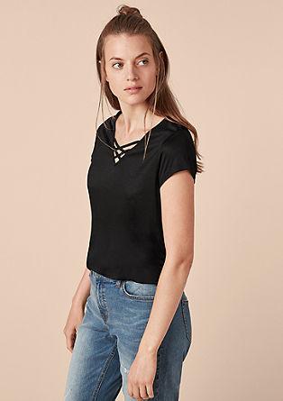 Viskose-Shirt mit Lacing-Ausschnitt