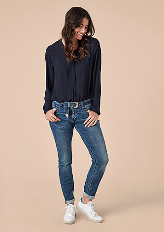 Curvy Extra Slim: Jeans mit Denimgürtel