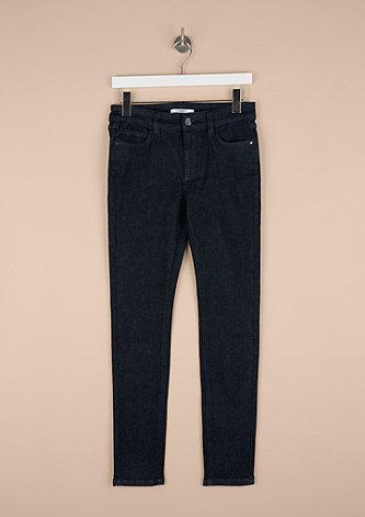 Basic Extra Slim Leg: Dunkle Jeans