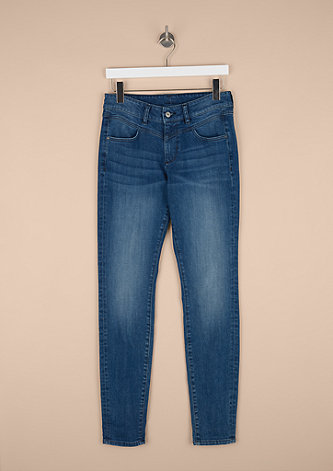 Curvy Extra Slim Leg: Stretchjeans