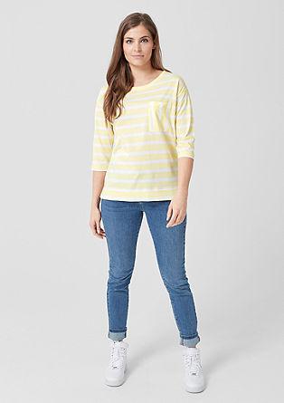 Črtasta majica z daljšim hrbtnim delom