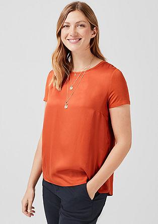 Blusenshirt mit Zierknöpfen