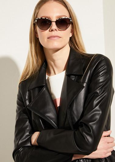 Sonnenbrille mit Retro-Charme