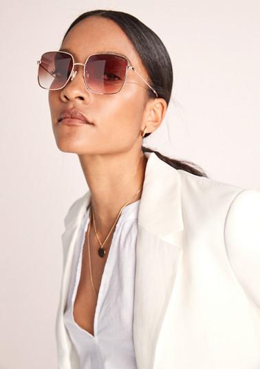 Sonnenbrille in modernem Design
