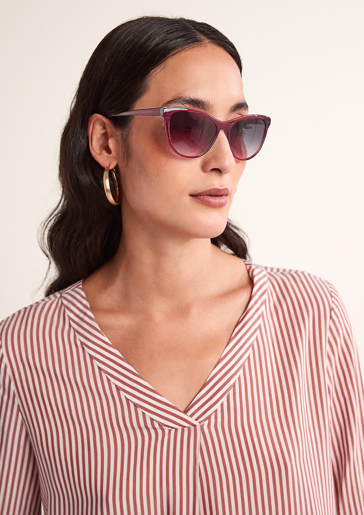 Sonnenbrille in eleganter Form