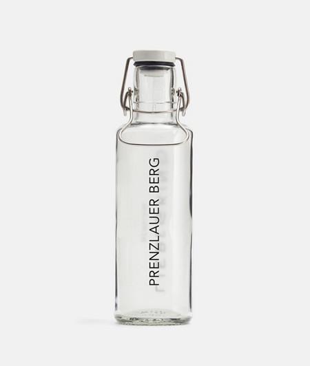 Umweltbewusste Trinkflasche aus Glas