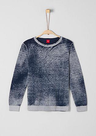 Leichter Pullover mit Farbeffekt