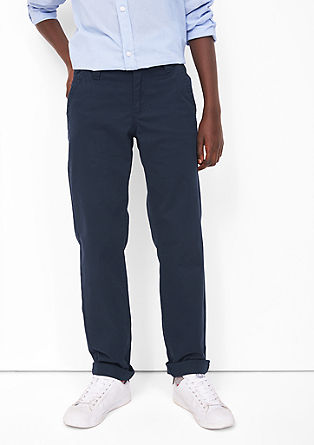 Chinos: comfortable twill trousers from s.Oliver