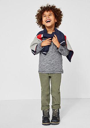 Brad: raztegljive hlače s teksturo