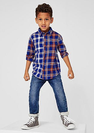 Pelle: raztegljiv jeans s spranim učinkom