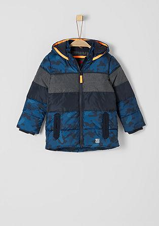 Winterjas van een materiaalmix