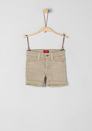 Brad: bermuda hlače spranega videza