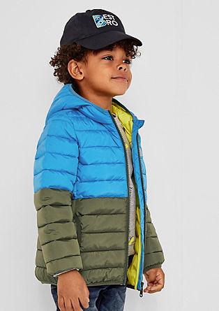 Podložena prešita jakna z barvnimi bloki