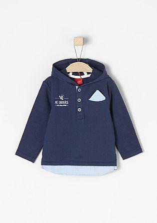 Majica s kapuco večslojnega videza