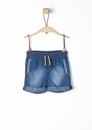 Leichte Jeansshorts mit Elastikbund