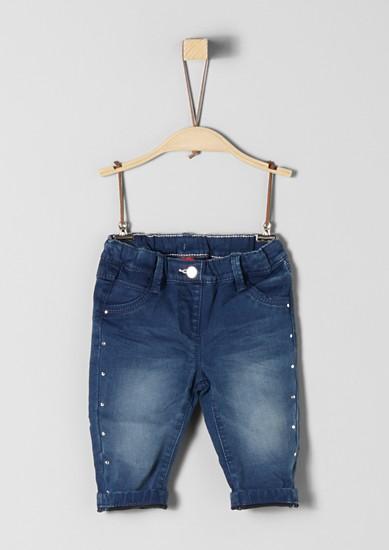 Warme Jeans mit Nieten