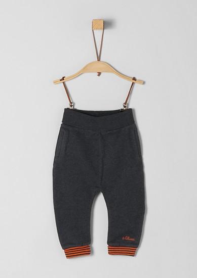 Športne hlače s črtasto obrobo