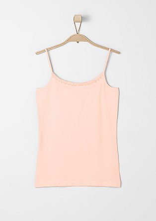 Top with a lace border from s.Oliver