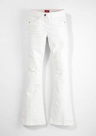 Raztegljive hlače na zvon z raztrganinami