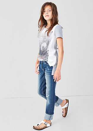 Suri: Stretch-Jeans mit Destroyes