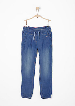 Luftige Ankle-Jeans