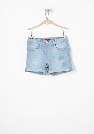 Stretchige Shorts im Used-Look