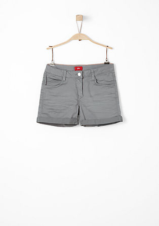 Farbige Stretch-Shorts