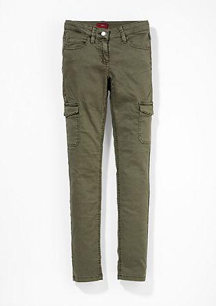 Skinny Suri: keprové kalhoty ve stylu cargo