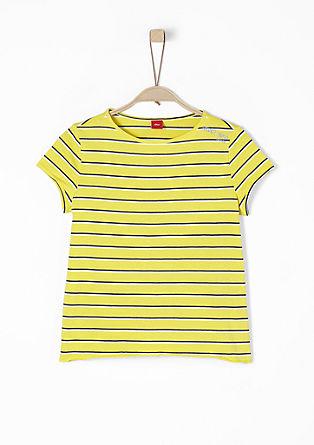 Proužkované tričko skulatým výstřihem