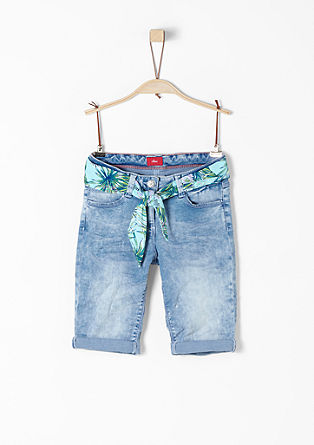 Suri: denim shorts with belt from s.Oliver