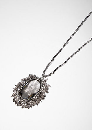 Halskette im Barock-Stil