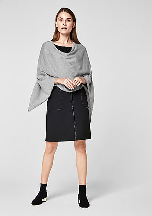 Glitzernder Strick-Poncho