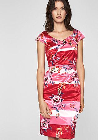 Saténové šaty skvětinovým potiskem