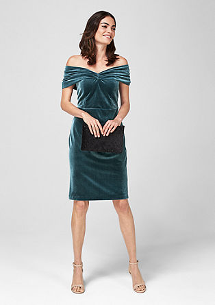 Velvet dress with an off-the-shoulder neckline from s.Oliver