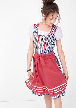 Dirndl in kariertem Design