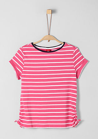 Pruhované tričko s mašličkou