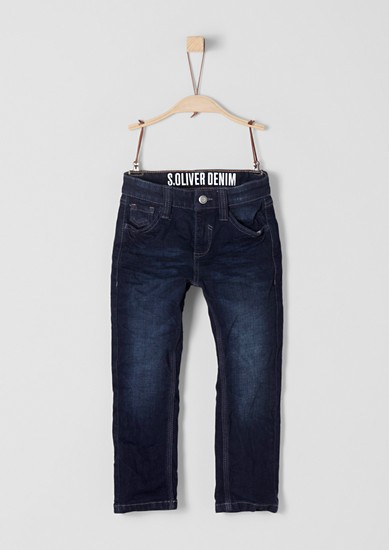 Pelle: Dunkle Stretchjeans