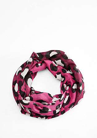 Snood with a leopard print from s.Oliver